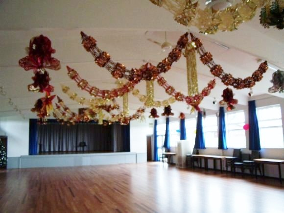 How to decorate a church hall for christmas for Christmas hall decorations